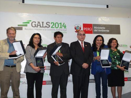 Ministerio del Ambiente otorga reconocimiento GALS 2014 a 84 municipalidades del país, en el marco de las actividades previas a la Conferencia de las Partes (COP20), en Lima. Difusión