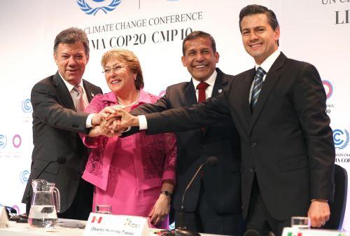 LIMA PERÚ, DICIEMBRE 10.Presentación de la Declaración de los Presidentes de la Alianza del Pacífico en materia del Cambio Climático.Foto: ANDINA/Oscar Farje Gomero.
