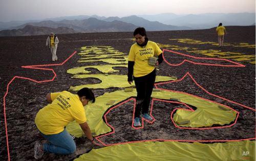 Fiscalía constató daños causados por activistas de Greenpeace en zona intangible de Líneas de Nasca.