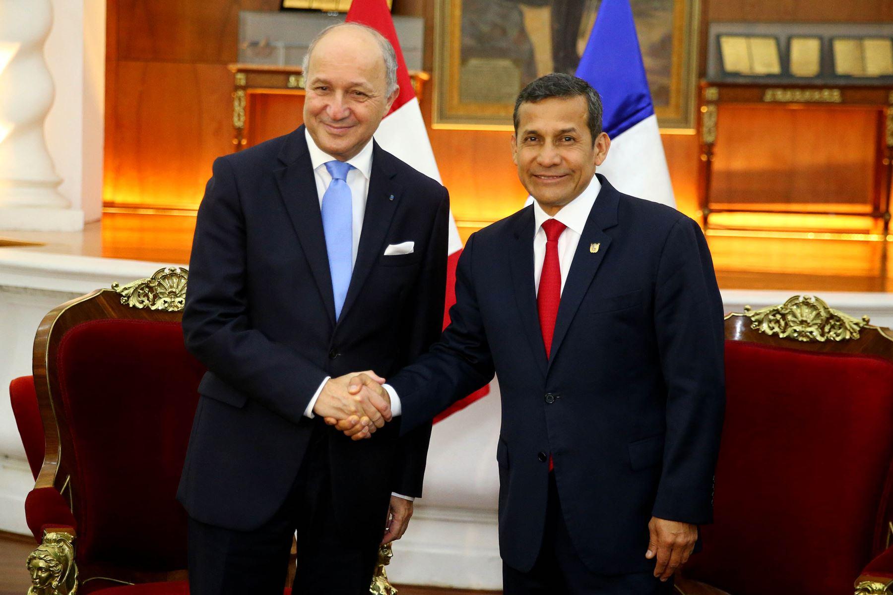 Presidente Ollanta Humala sostuvo reunión con el canciller de Francia, Laurent Fabius.