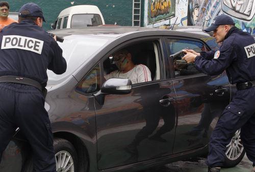 LIMA PERÚ, DICIEMBRE 17.Policías franceses brindan capacitación a instructores de Grupo Terna de la Policía Nacional del Perú.Foto: ANDINA/Héctor Vinces