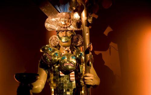 El museo de sitio Huaca Rajada Sipán exhibe tres contextos funerarios de la élite mochica. FOTO: ANDINA/Archivo