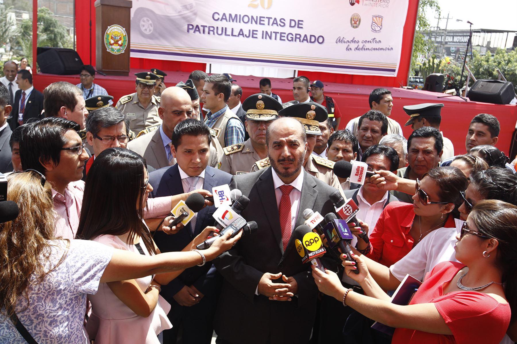 Lima per febrero 27 el ministro del interior jos luis for Nuevo ministro del interior peru