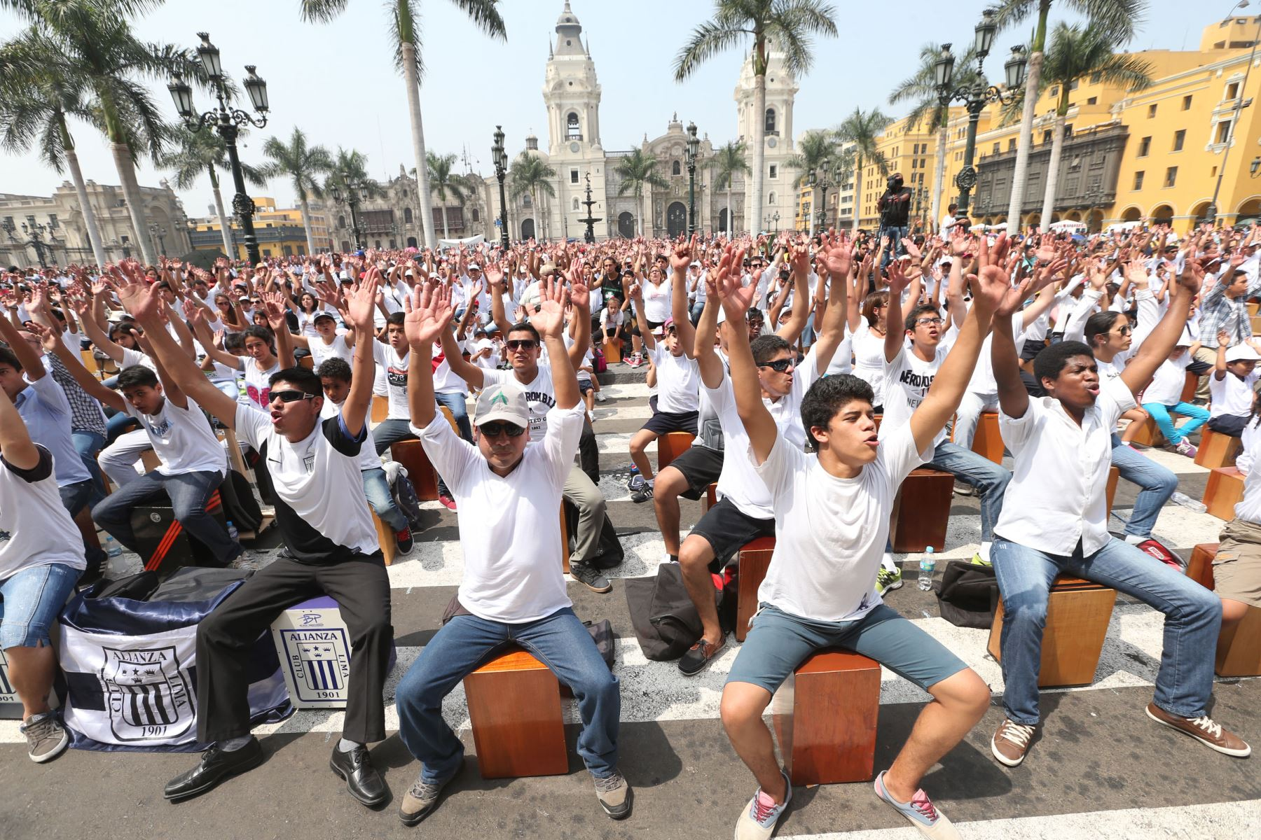 LIMA,PERÚ-ABRIL 25. Se inició Festival Internacional del Cajón en busca de nuevo récord Guinnes Foto: ANDINA/Vidal Tarqui