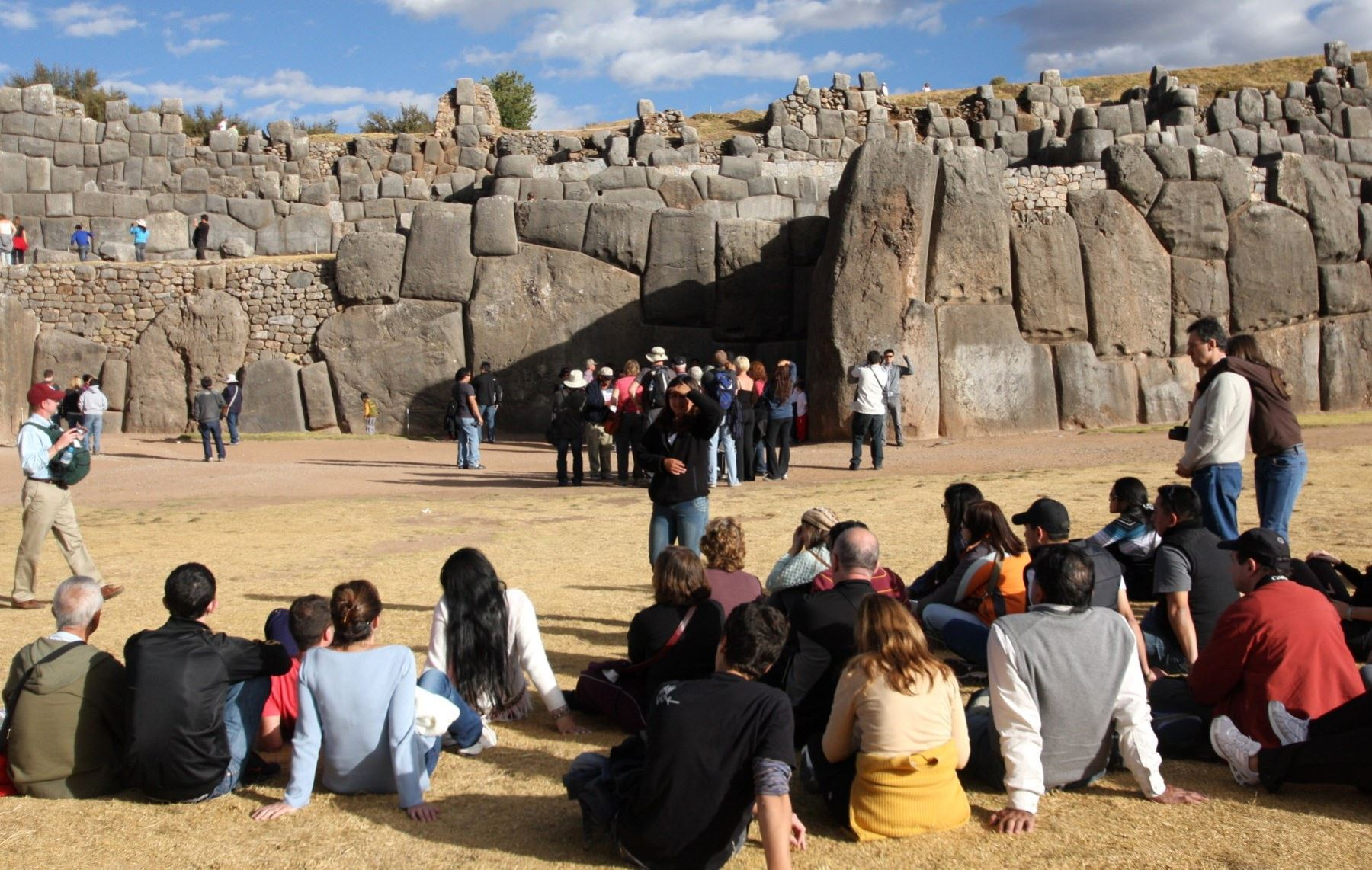 Peru: Over 21,000 tourists arrived in Cusco for Holy Week - Travel to Peru - Peru Tours