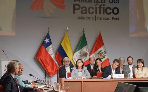 Michelle Bachelet participa en ceremonia de inauguración de la Cumbre de la Alianza del Pacífico.