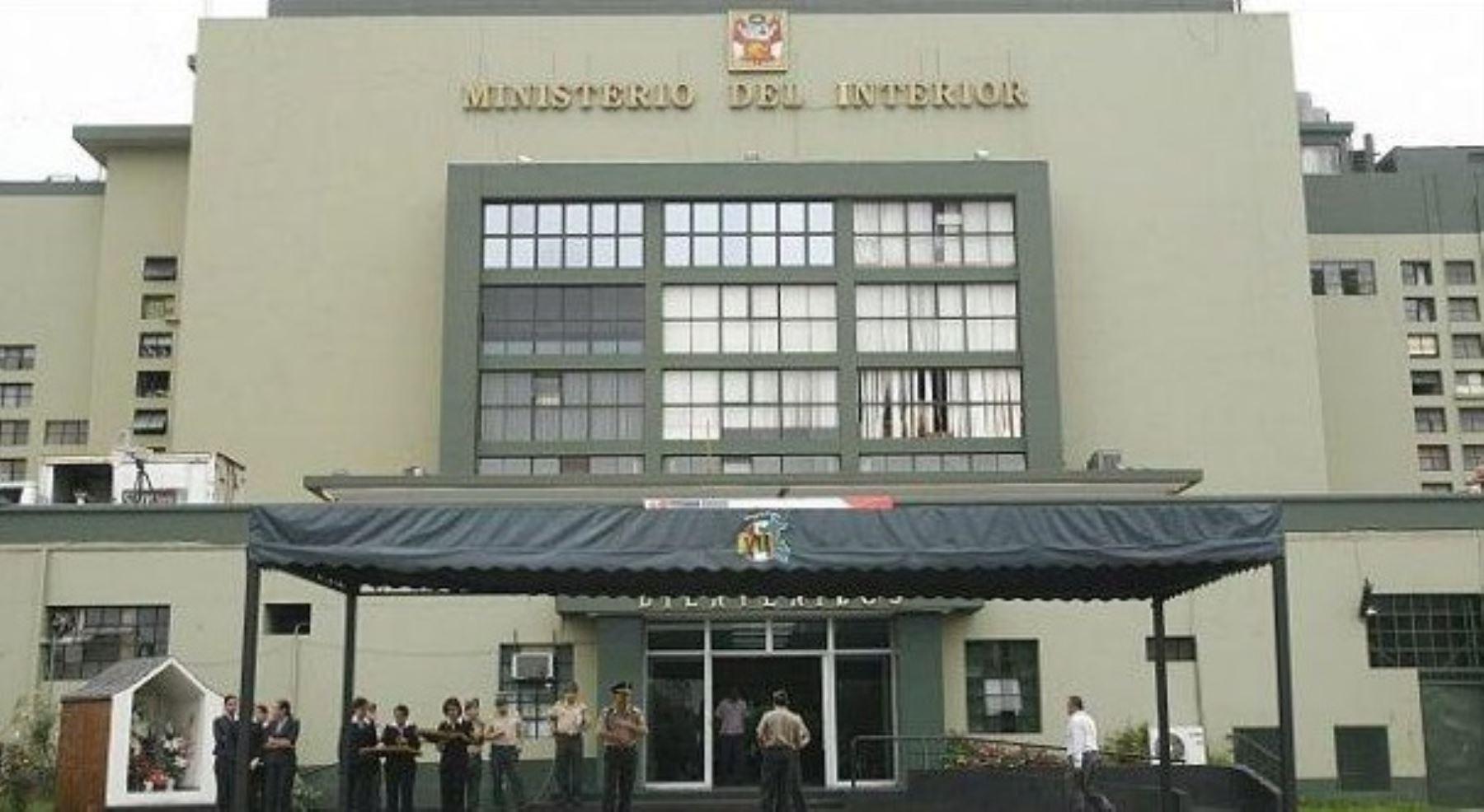 Ministerios de defensa e interior descartan supuestos for Ministerio del interior peru