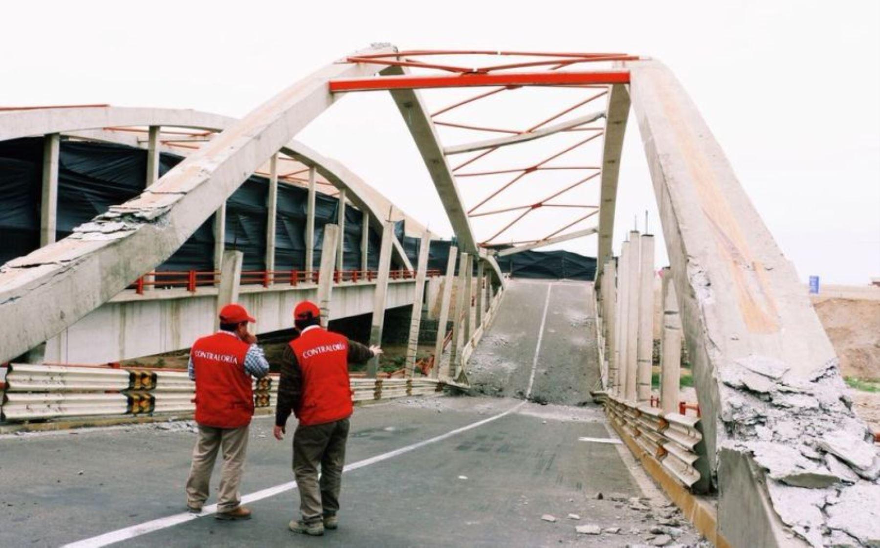 Colapso del puente Topara 000304467W