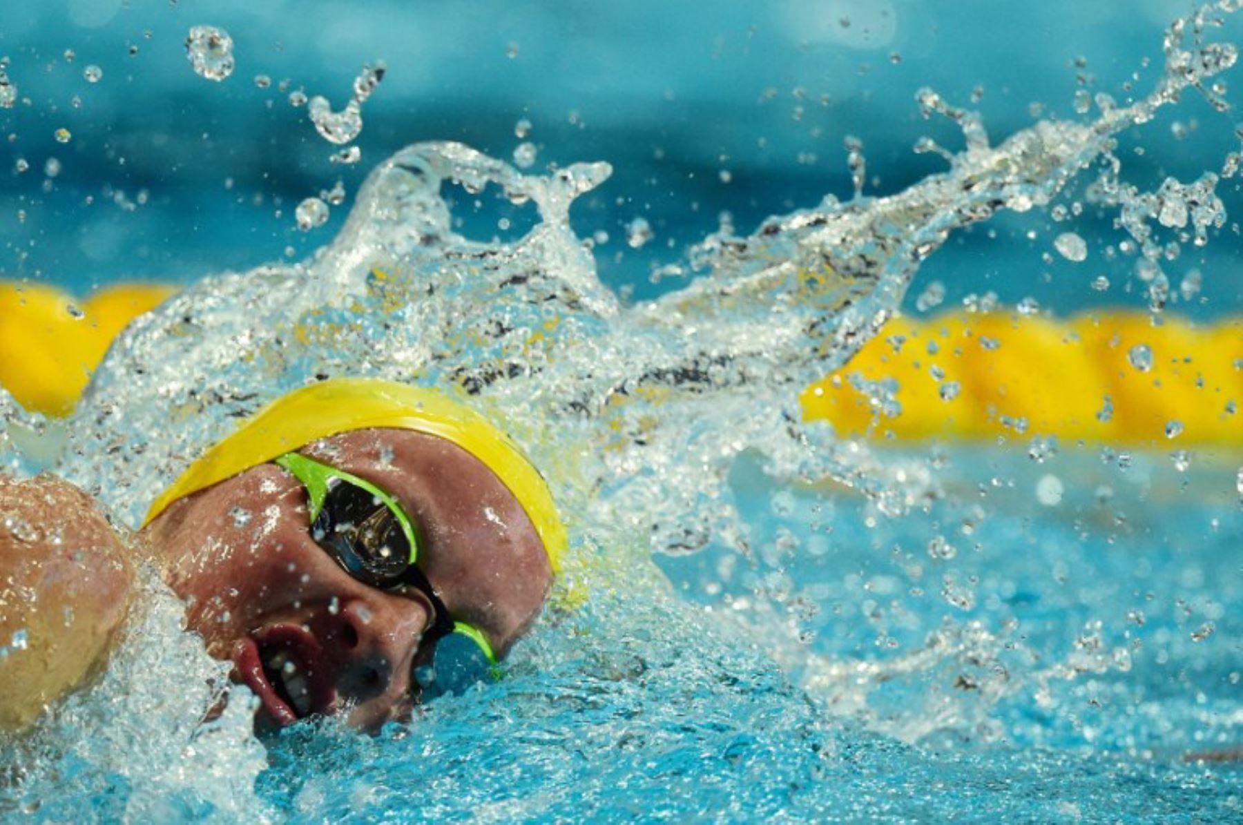 Jessica Ashwood de Australia compite en la final de estilo libre 1500m en el Campeonato Mundial FINA 2015. Foto: AFP