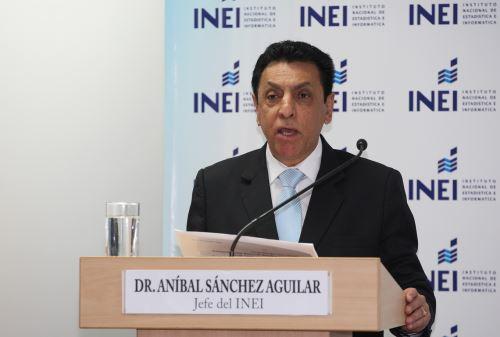 LIMA,PERÚ-SETIEMBRE 15.Jefe del INEI,Anibal Sanchez en conferencia de Prensa.Foto/ANDINA/Héctor Vinces.