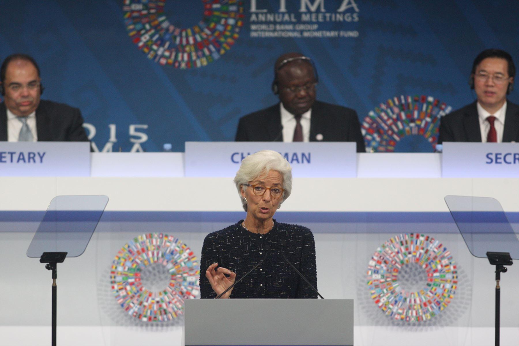 LIMA, PERÚ - OCTUBRE 09. Exposición de Christine Lagarde, directora gerente del Fondo Monetario Internacional (FMI) durante la sesión plenaria.  Foto: ANDINA/Juan Carlos Guzmán Negrini.