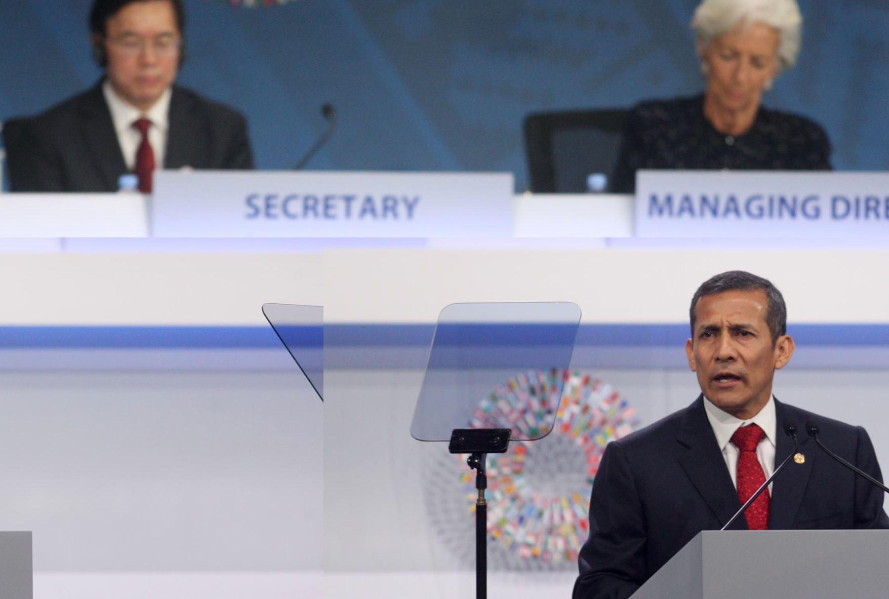 LIMA, PERÚ - OCTUBRE 09. El Presidente Ollanta Humala inauguró la sesión plenaria de las Reuniones Anuales.Foto: ANDINA/Juan Carlos Guzmán Negrini.
