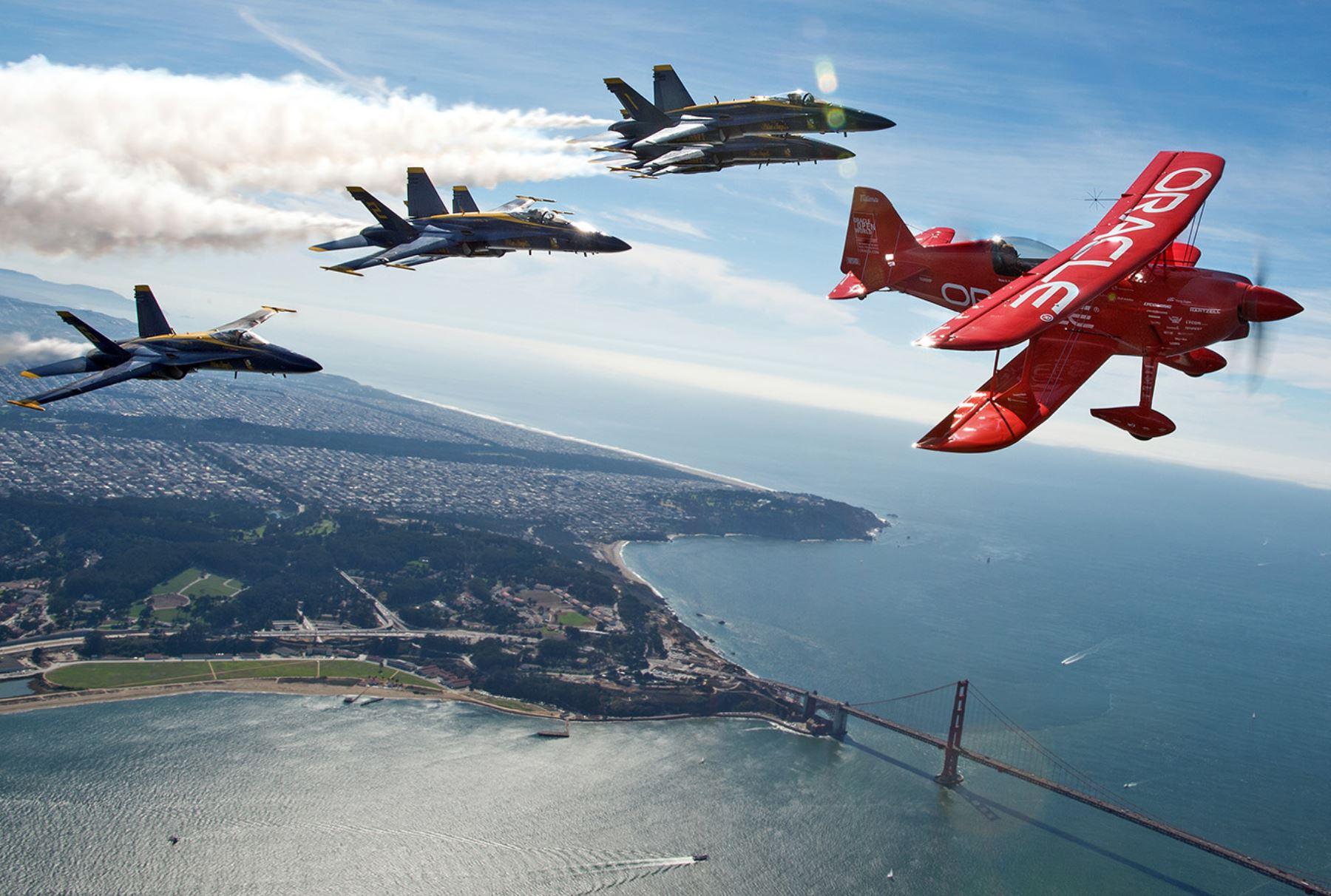 Exhibición de aviones en la semana de la flota en San Francisco, California. Foto: AFP
