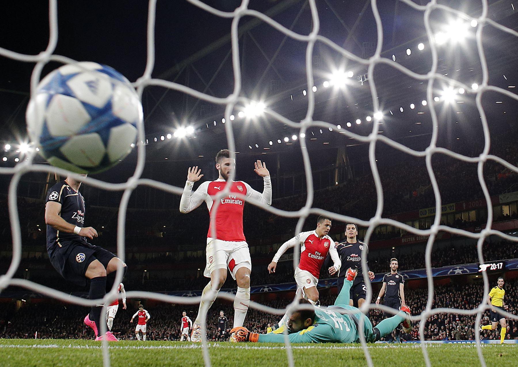 Arsenal venció 3-0 al Dinamo Zagreb con doblete de Alexis Sánchez por Liga de Campeones. Foto: AFP.