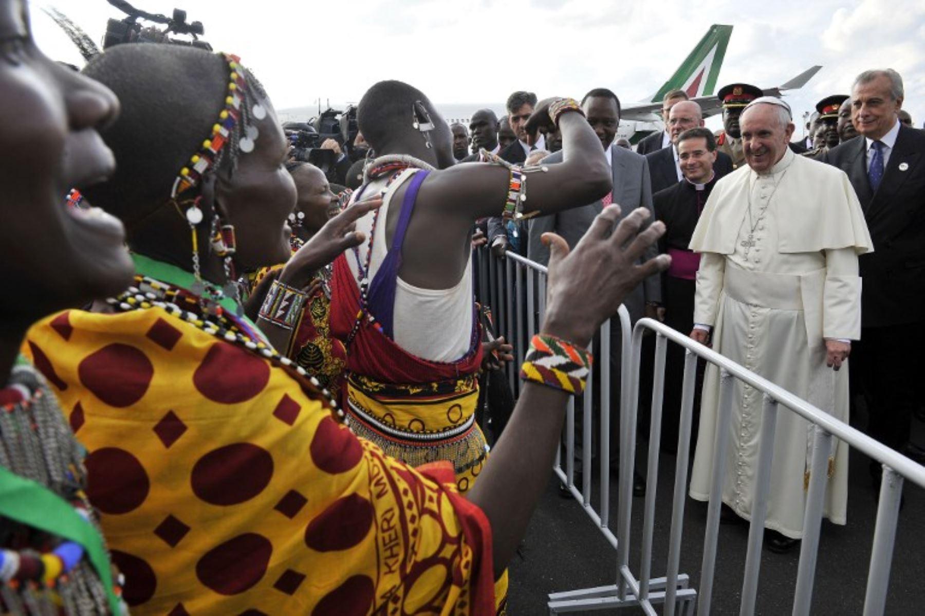 Papa Francisco llega a Kenia. Foto: AFP