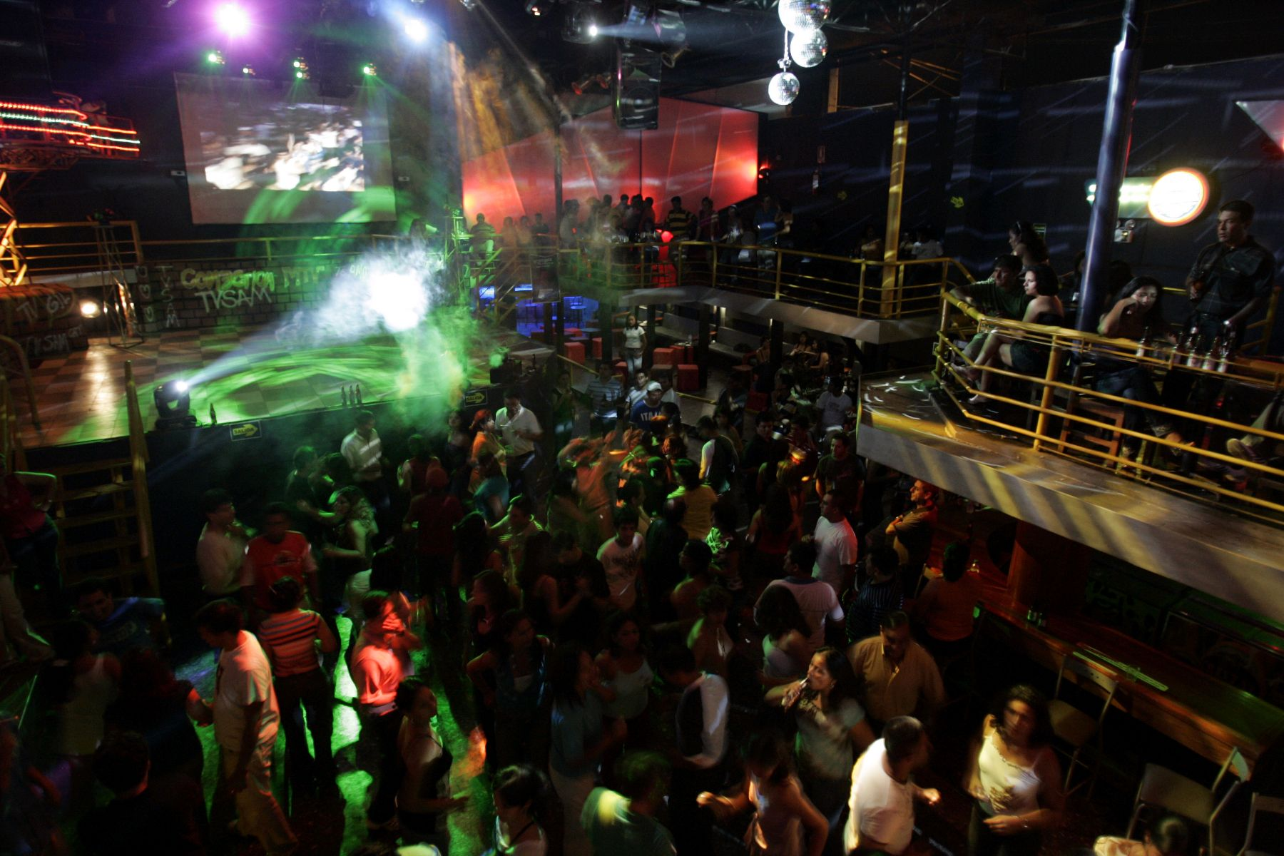 Advierten que consumo de metanfetamina puede convertirse for Discoteca plaza de los cubos madrid