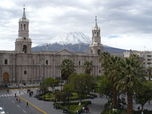 Snow covered Misti Volcano in Arequipa. Photo: ANDINA / Rocío Méndez.