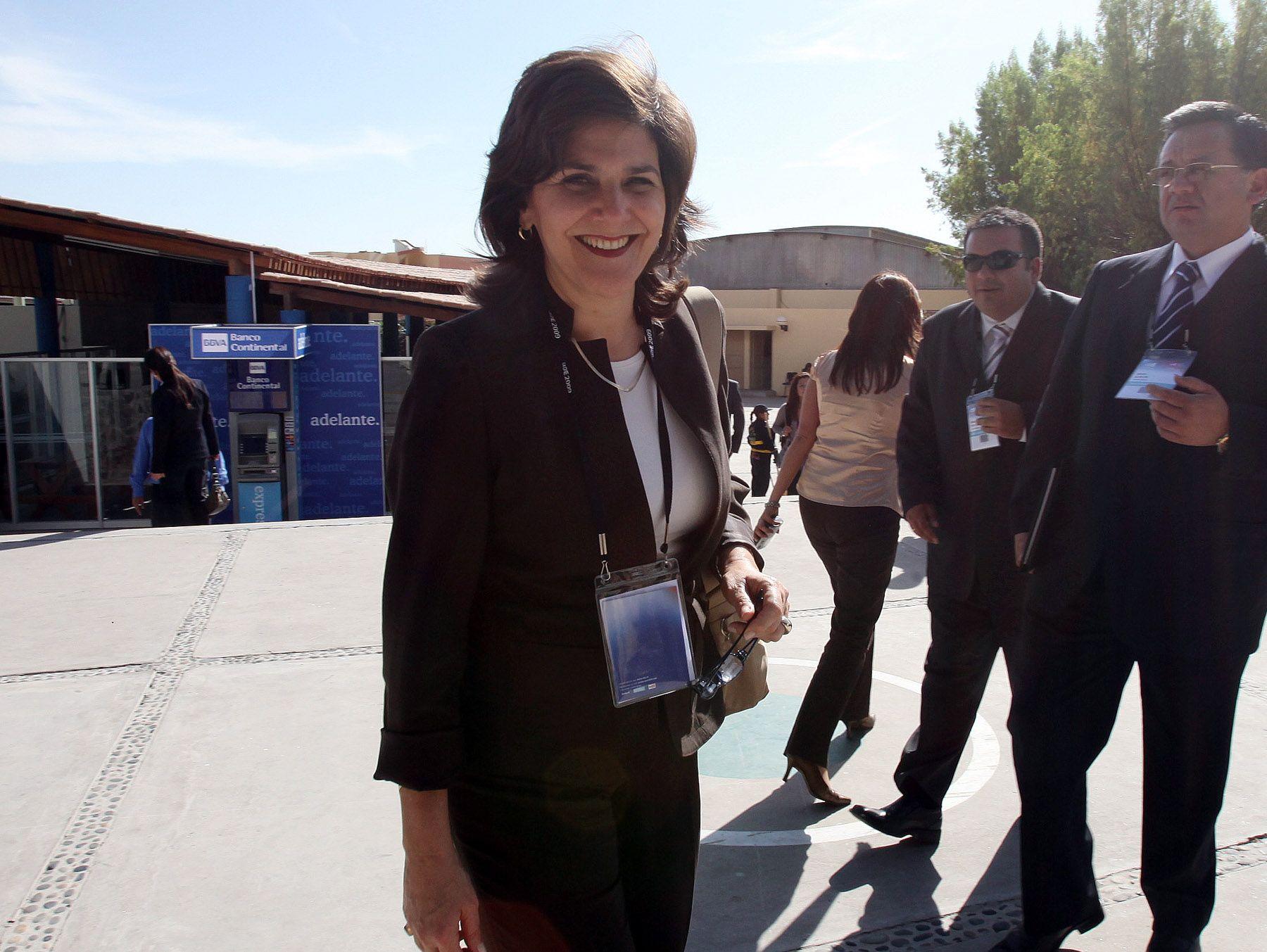 Eleonora Silva,representante de la Corporación Andina de Fomento (CAF) en el Perú, en la Conferencia Anual de Ejecutivos (CADE), organizada por Ipae en la ciudad de Arequipa. Foto: ANDINA/Carlos Lezama