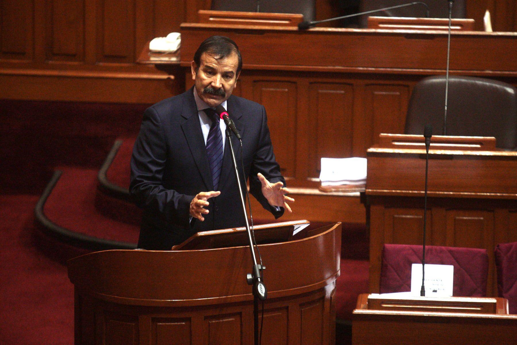 Nuevo ministro del interior asegura continuidad de for Nuevo ministro del interior peru