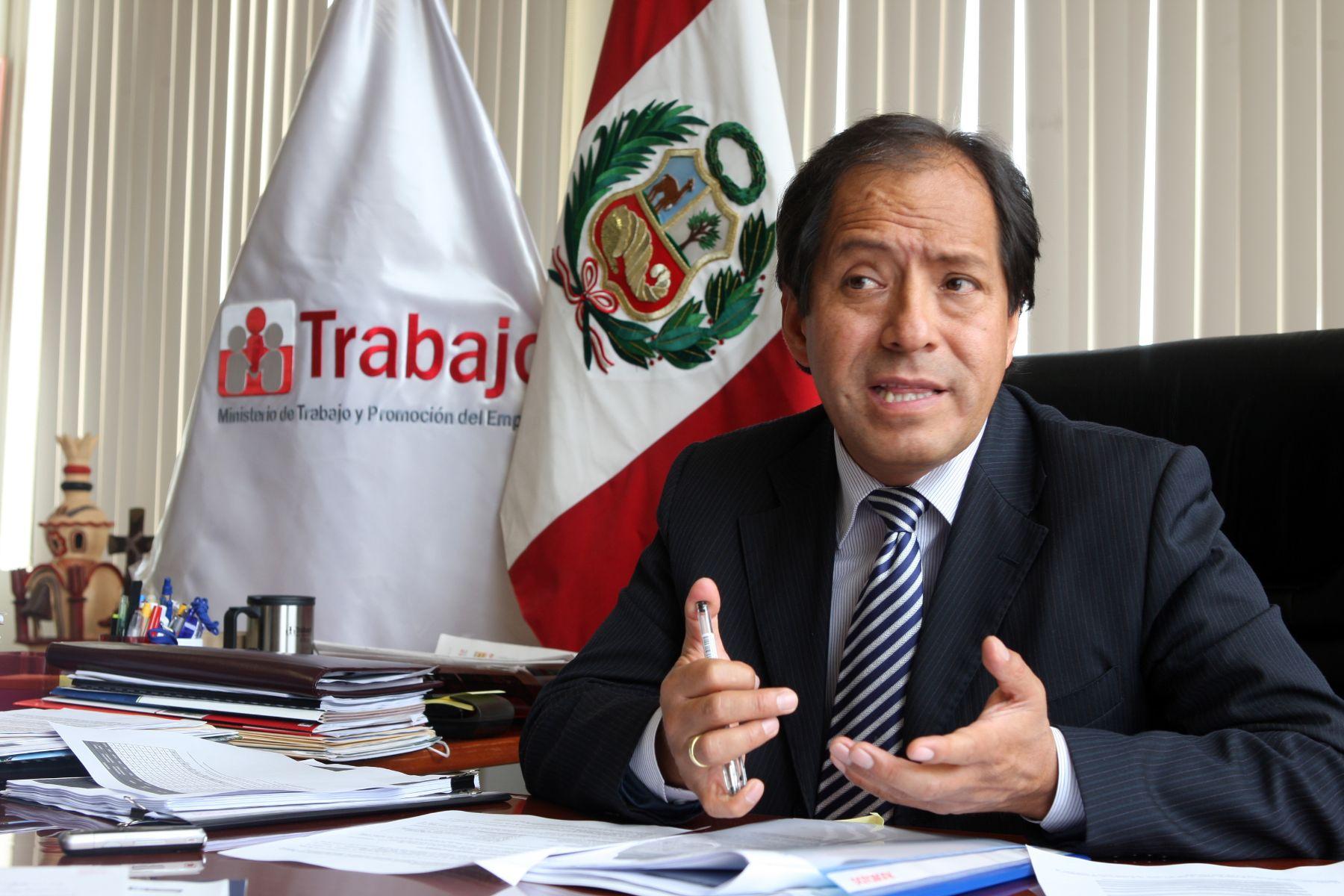 Economista Edgar Quispe será el nuevo jefe de la ARCC — Bruce