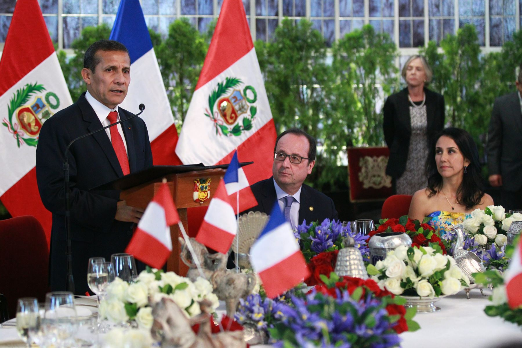 Presidente ollanta humala ofreci almuerzo en honor a su for Almuerzo en frances
