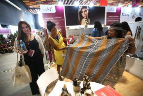 LIMA, PERÚ, ABRIL 20. La Ministra de Turismo y Comercio Exterior, Magaly Silva, inauguró esta mañana el Perú Moda 2016.  Foto: ANDINA/Juan Carlos Guzmán Negrini.