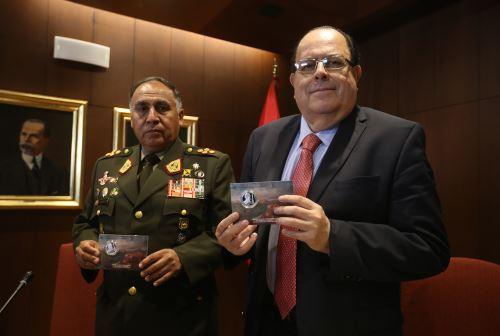 LIMA, PERÚ - ABRIL 29. Banco Central de Reserva emite moneda conmemorativa de victoria del Dos de Mayo  Foto: ANDINA/Juan Carlos Guzmán Negrini.