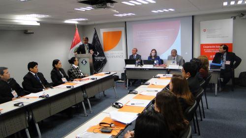 Fiscales peruanos reciben capacitación suiza en recuperación de activos. Difusión