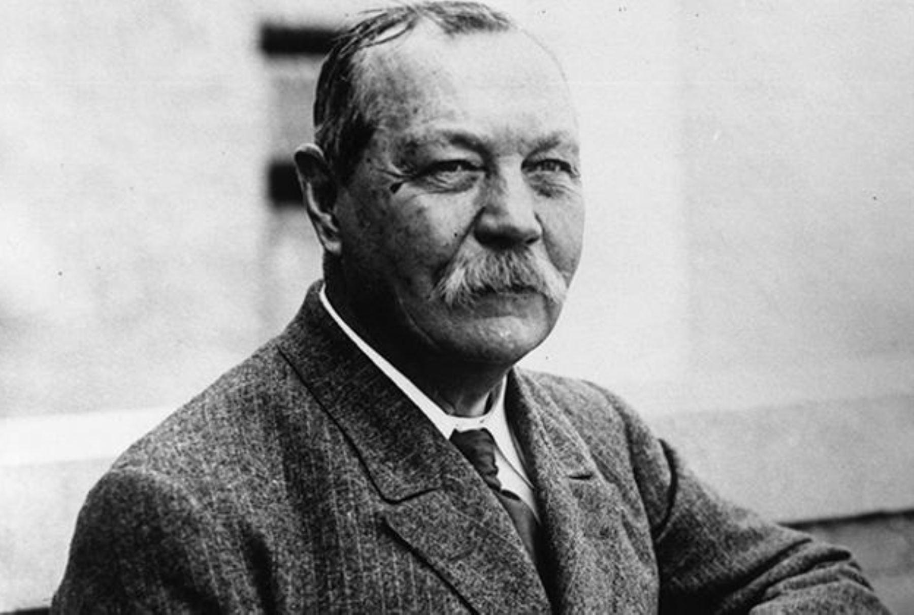 Resultado de imagen de Conan Doyle en el Museo Británico