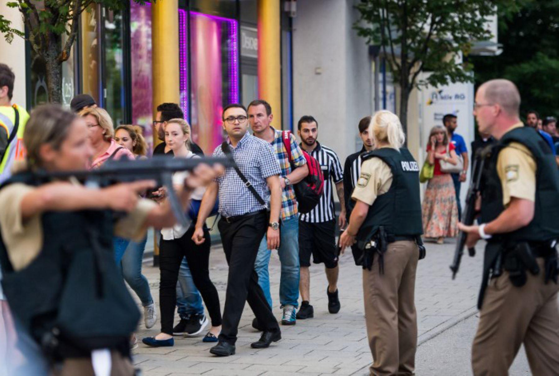Varias personas han muerto hoy en un tiroteo registrado en un centro comercial de Múnich en Alemania. Foto: AFP