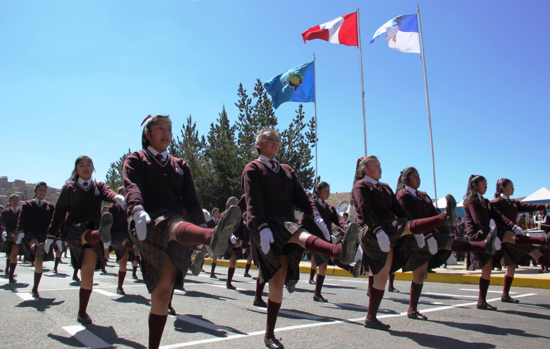 agencia sitio de citas trajes cerca de Algeciras