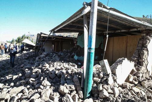 AREQUIPA, AGOSTO-16. Viviendas e iglesias dañadas por el sismo registrado en Caylloma, Arequipa. Foto: ANDINA/ Vidal Tarqui