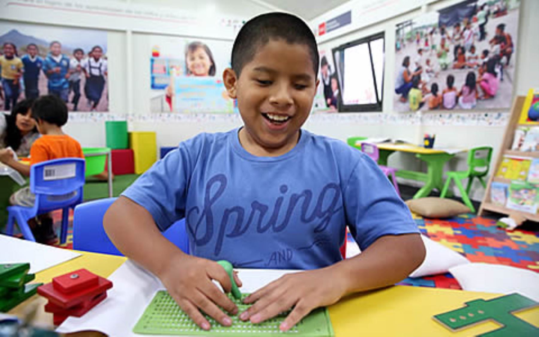 Capacitan a docentes para garantizar aprendizaje de estudiantes con ceguera noticias agencia - Agencias para tener estudiantes en casa ...
