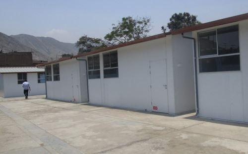 La infraestructura del colegio ha sido atendida el año pasado con el acondicionamiento y la instalación de cinco aulas prefabricadas.