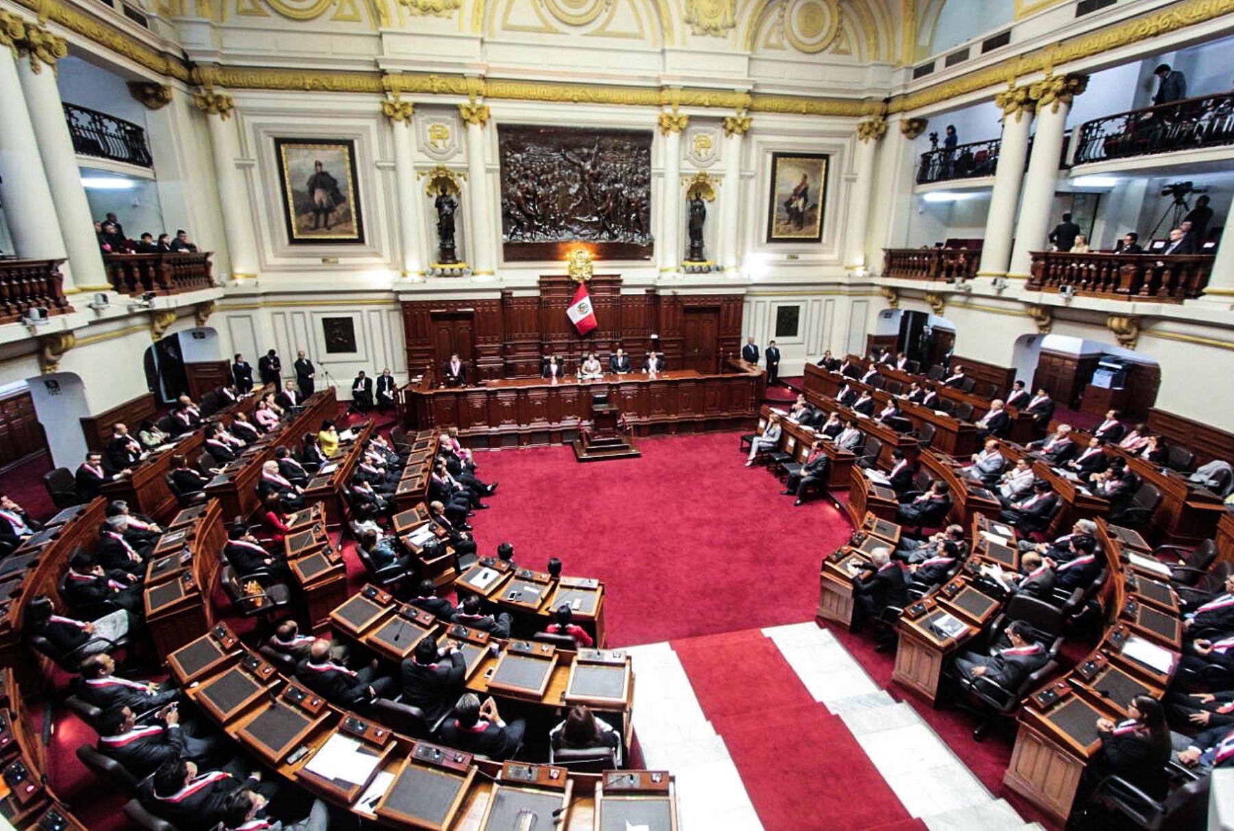 LIMA,PERÚ-SETIEMBRE 22. Pleno del Congreso de la República celebra el 194 aniversario de su creación en el hemiciclo. Foto: ANDINA/ Dante Zegarra