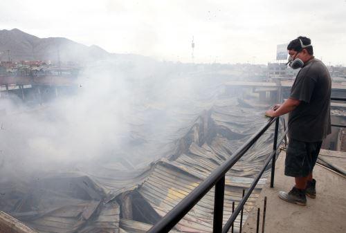 Municipalidad de El Agustino toma medidas de emergencia luego de incendio en el distrito el pasado 18 de octubre. ANDINA/Jhony Laurente