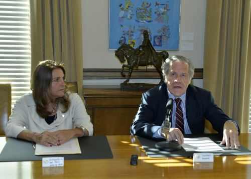 Peru signs Inter-American Conventions at OAS