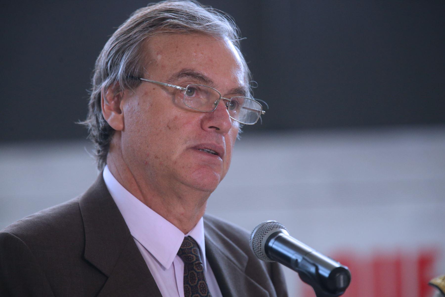 ministro del interior presentar plan contra la