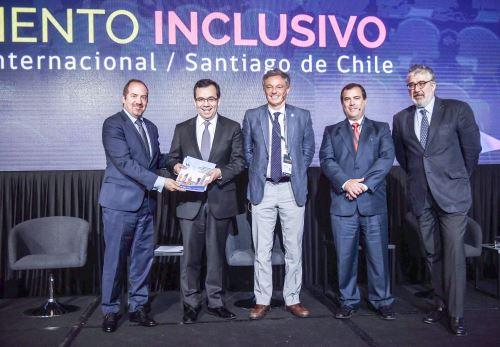 Ministro Bruno Giufra en Chile Foto: Produce