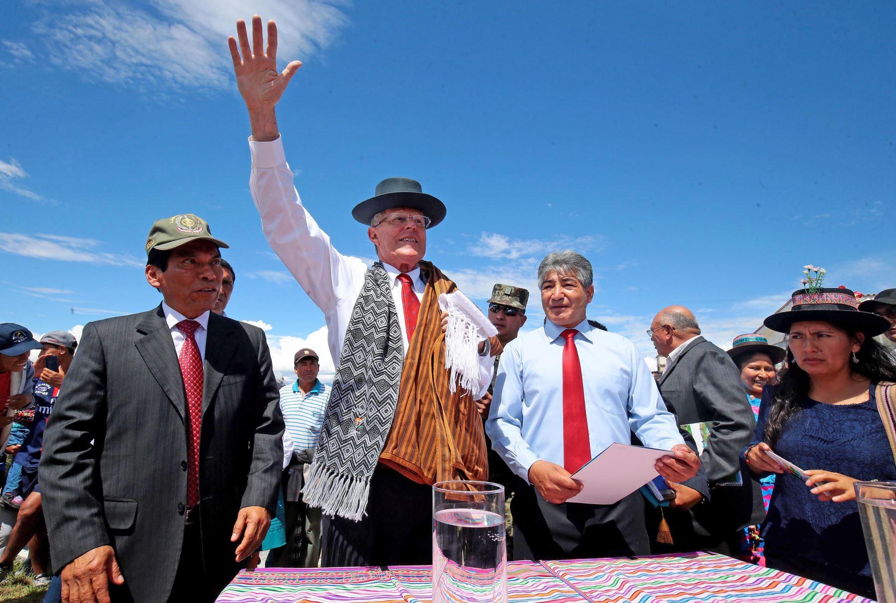 Presidente Kuczynski, realiza visita de inspección a la Planta de Tratamiento de Agua Potable de Cabrapata Foto: ANDINA/ Prensa Presidencia