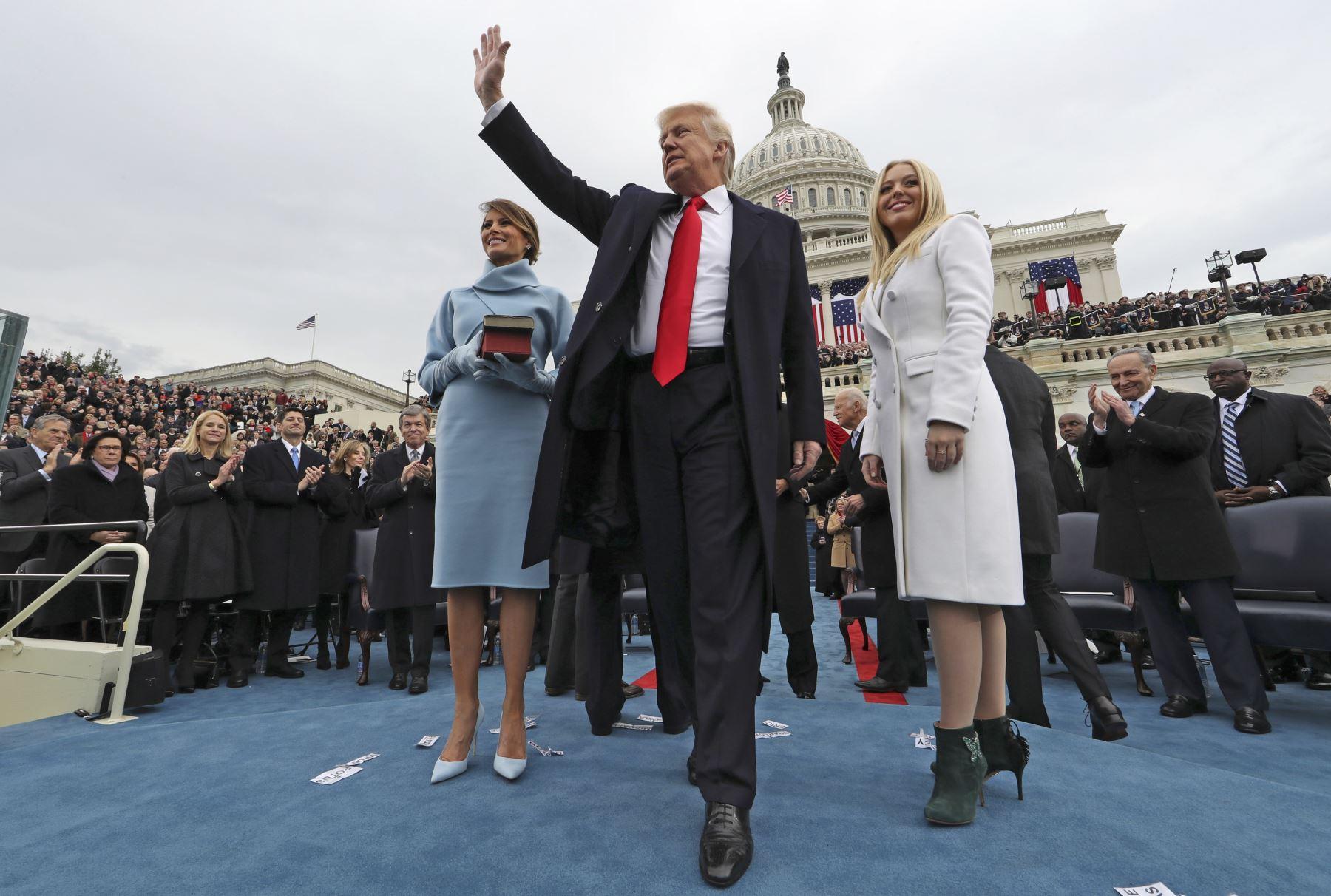 Donald Trump prestó juramento como el 45 presidente de Estados Unidos en el Capitolio de Washington. Foto: AFP