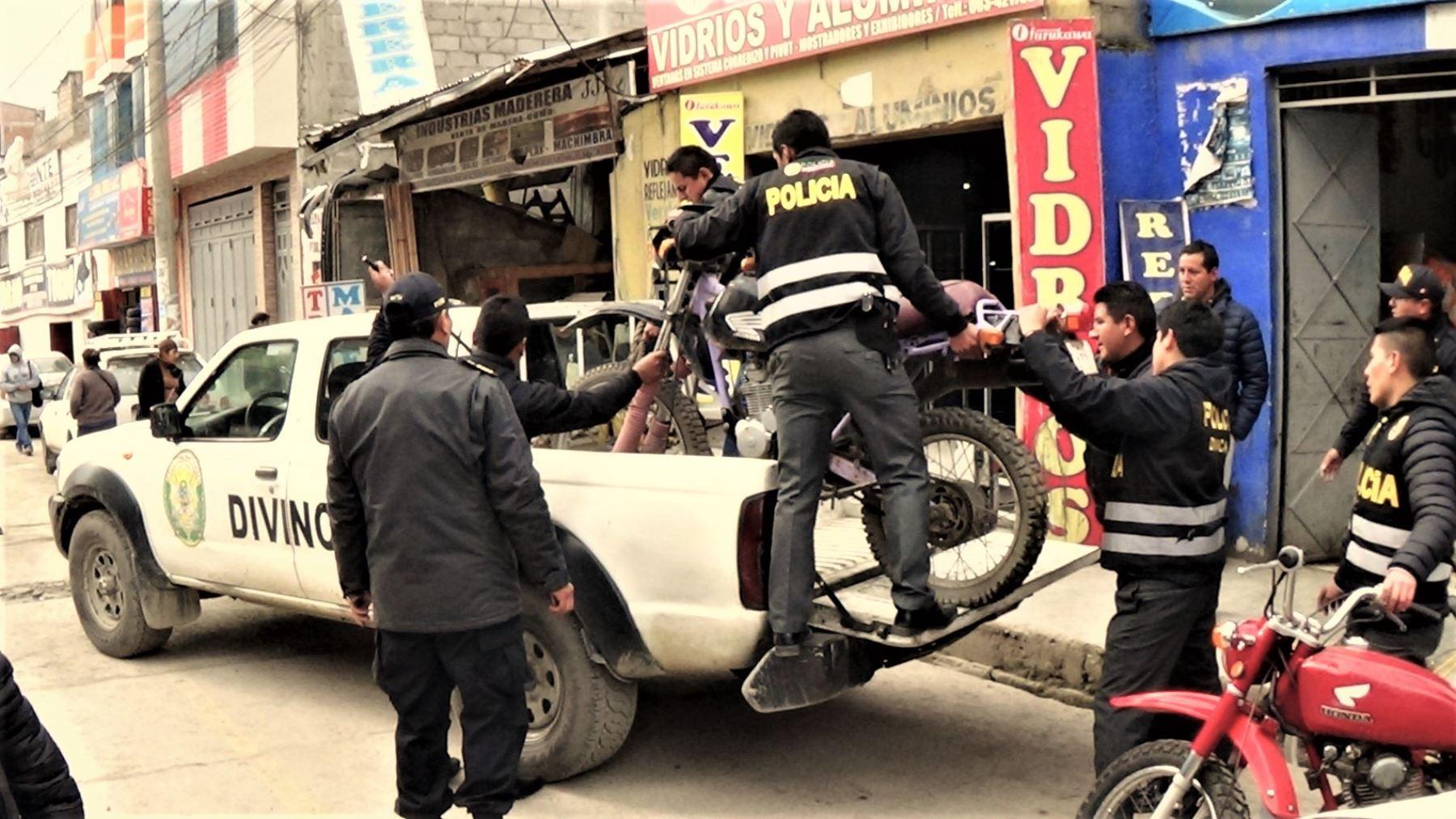Polic a interviene taller de servicios de motocicletas en for Portal de servicios internos policia