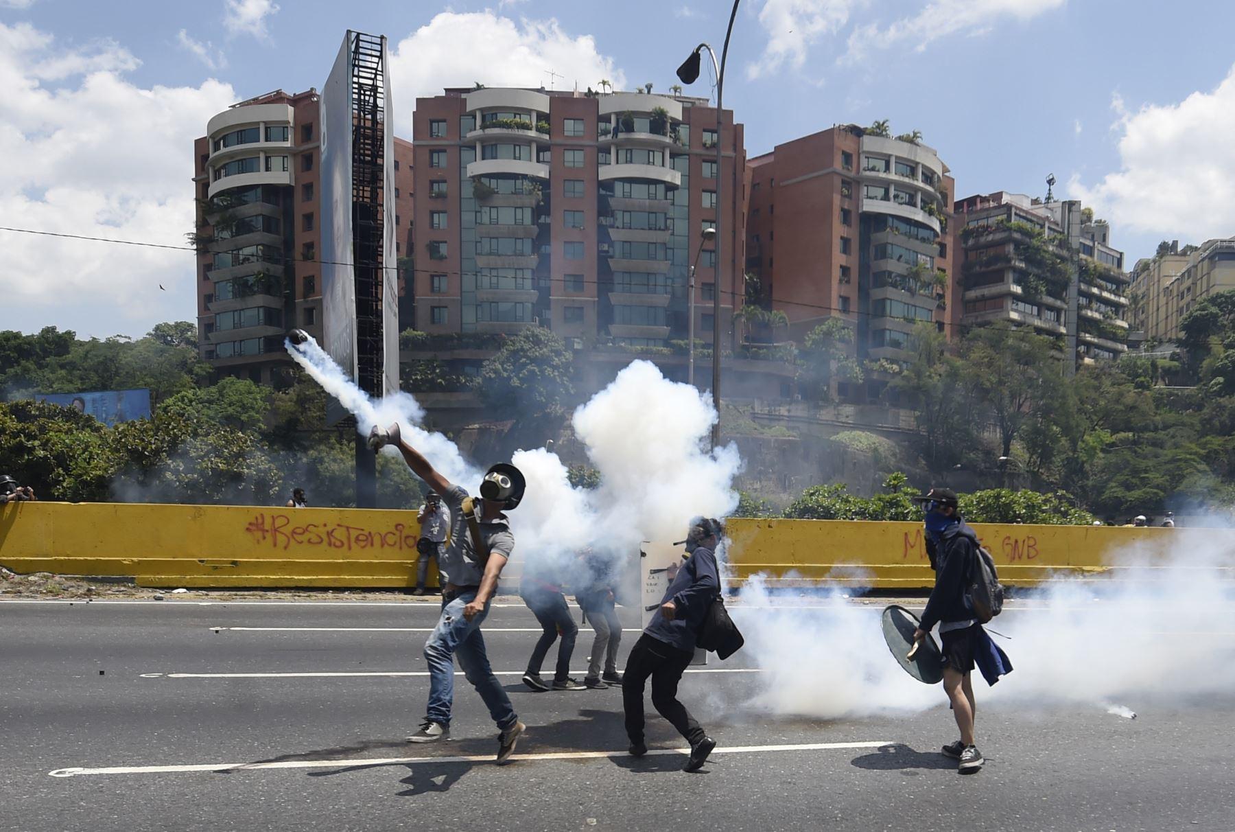 Manifestaciones contra el presidente Nicolás Maduro en Caracas. Foto: AFP