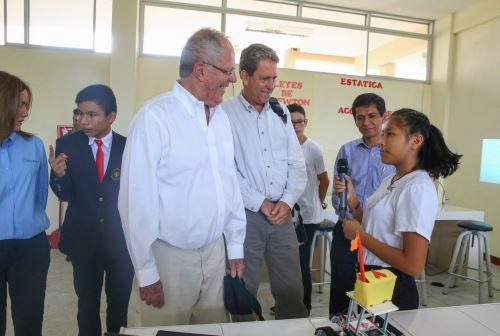 Presidente Kuczynski supervisó el Centro de Alto Rendimiento de Loreto - COAR y dialogó con alumnos de la institución educativa. Foto: ANDINA/Prensa Presidencia