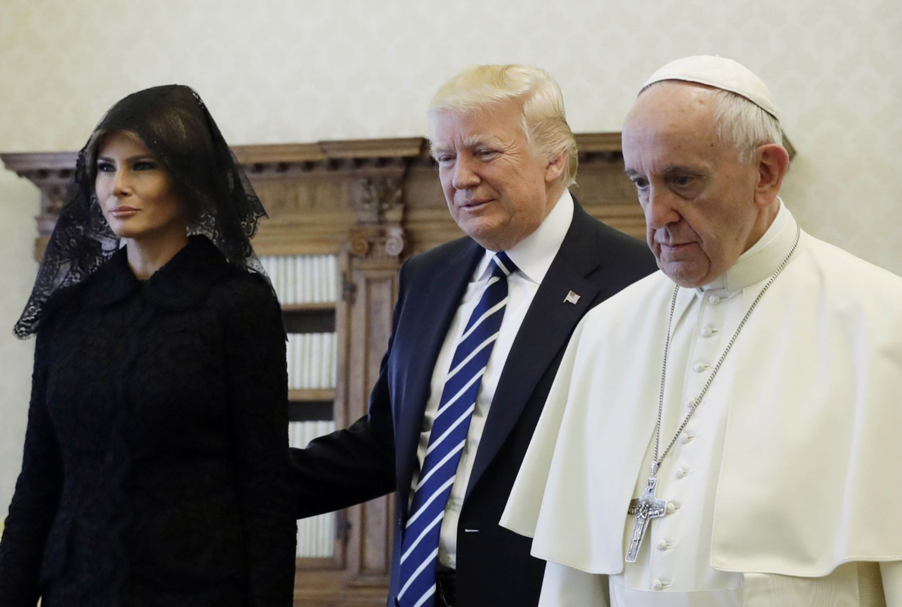 El presidente de Estados Unidos, Donald Trump, se reúne con el papa Francisco en el Vaticano. Foto: AFP