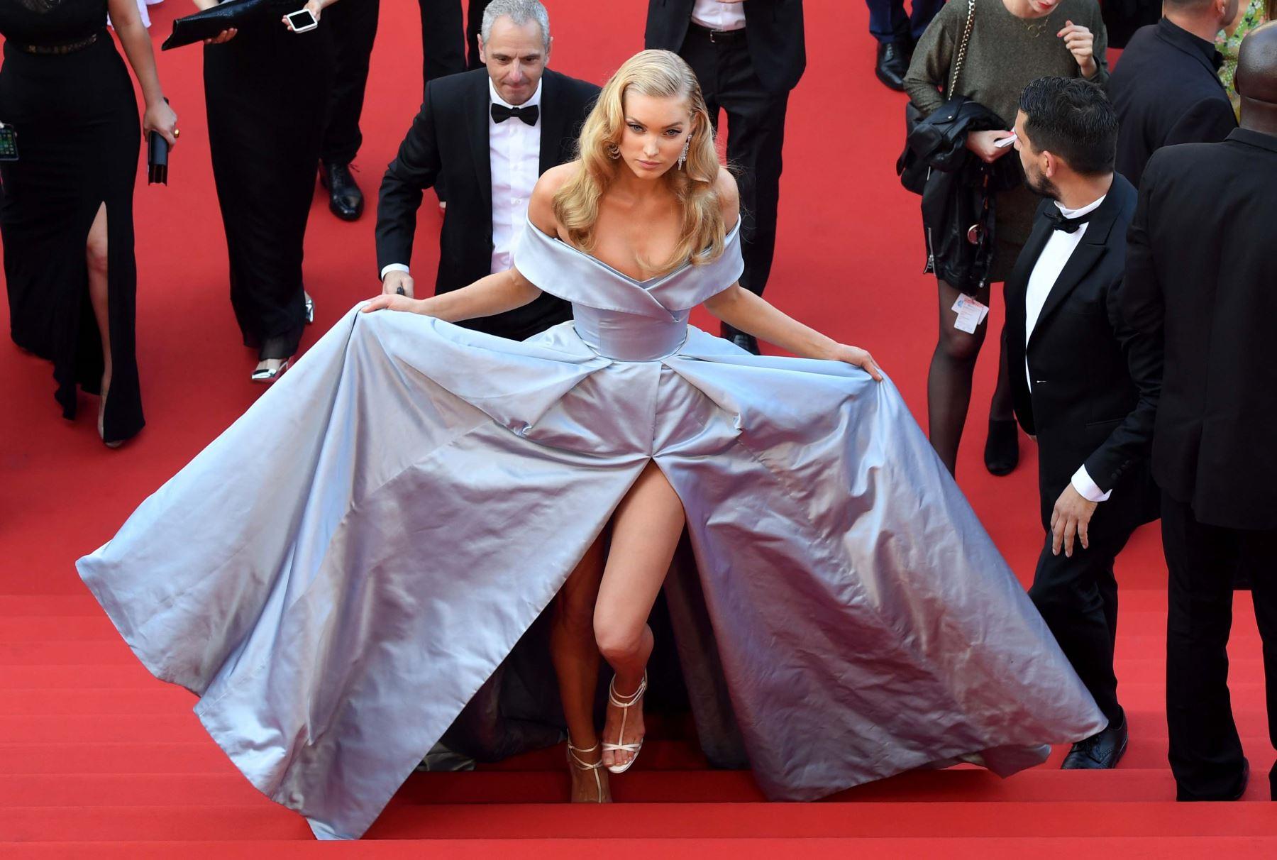 La modelo sueca Elsa Hosk llega al Festival de Cine de Cannes. Foto: AFP