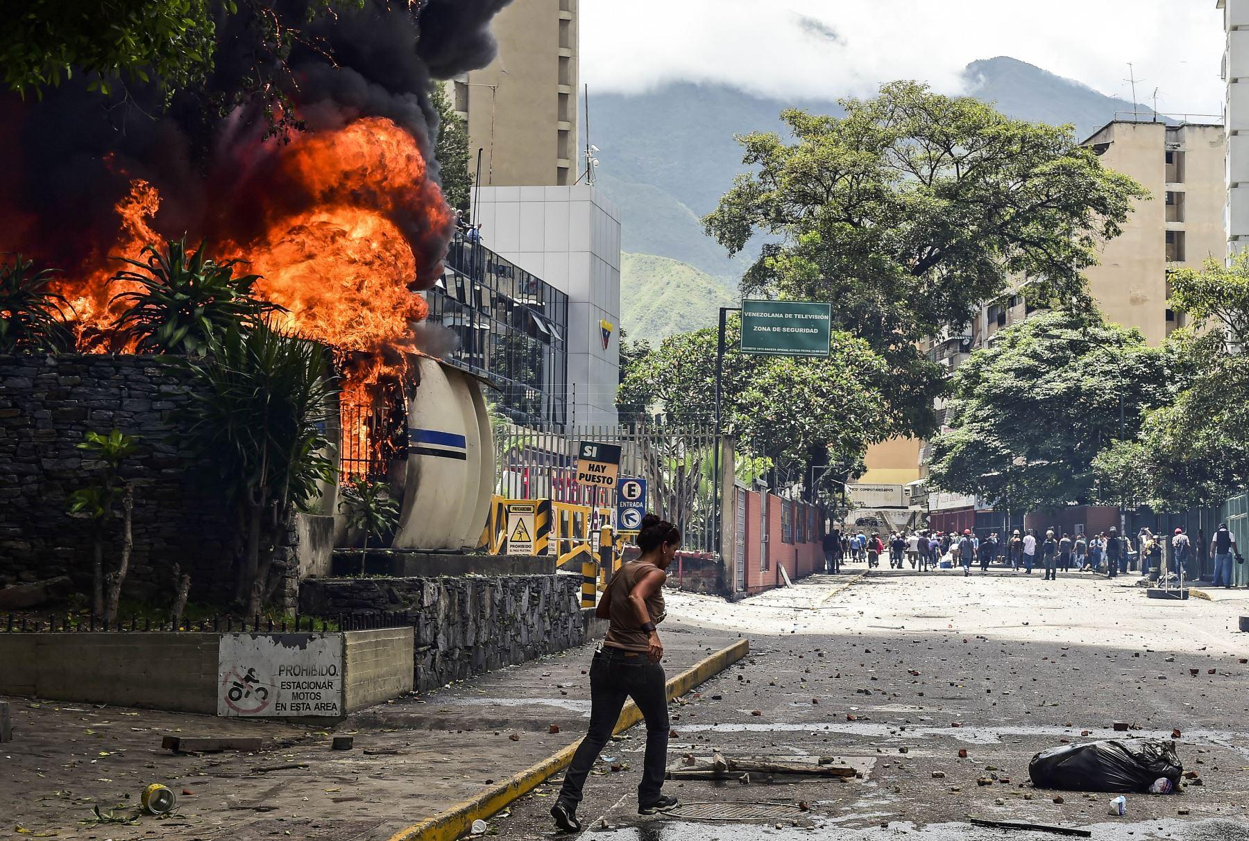 Paro general para exigir al presidente Nicolás Maduro que retire su Asamblea Constituyente, tras casi cuatro meses de protestas en Venezuela. Foto: AFP