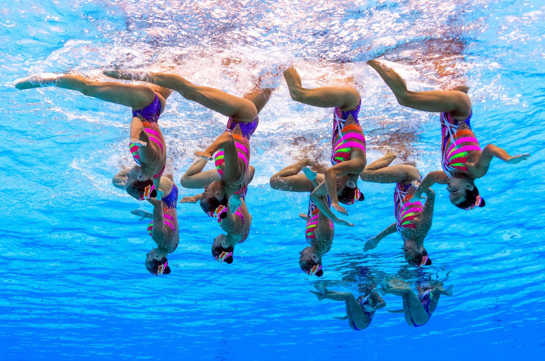 Competición sincronizada del equipo de natación de Bielorusia , en los campeonatos del mundo de FINA  2017 en Budapes.Foto:AFP