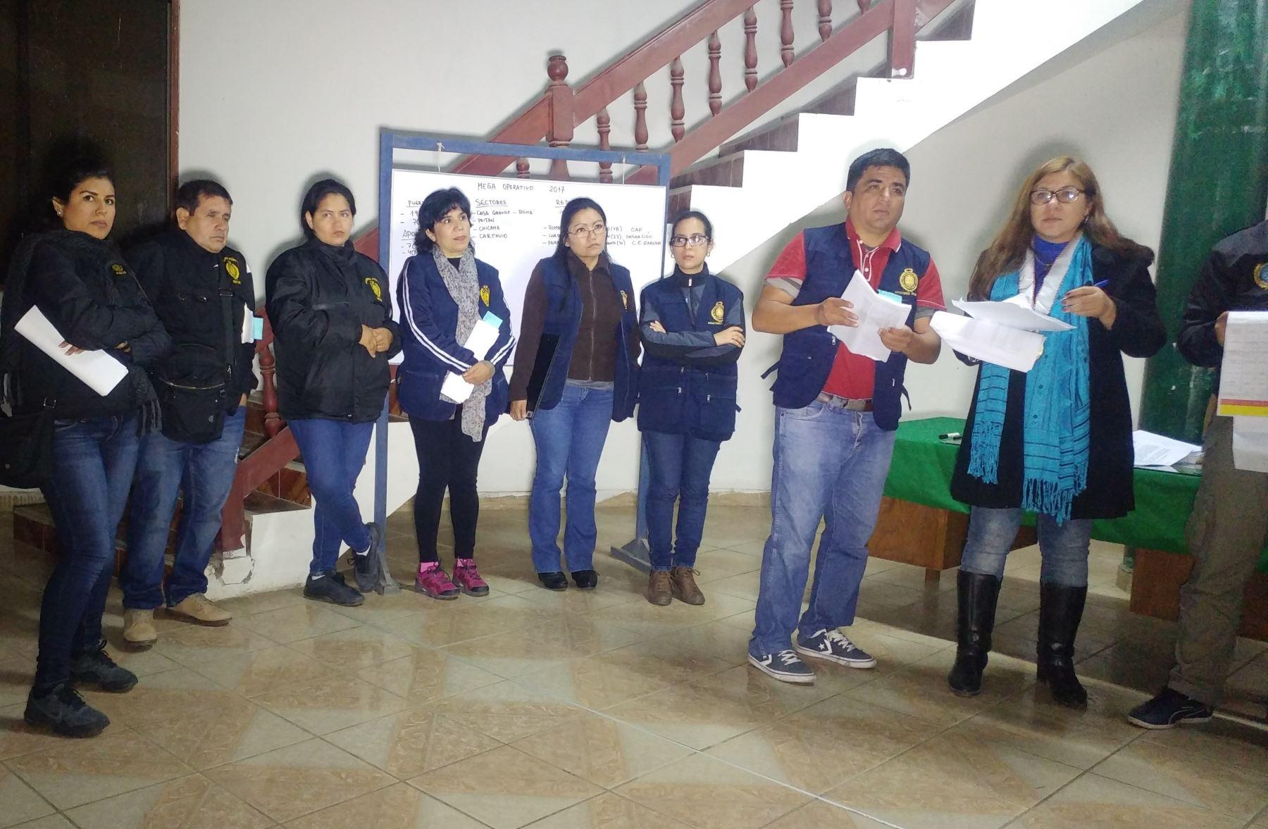 Fiscal A Desarticula Presunta Organizaci N Trilog A Trujillo En  # Muebles Ludena Chimbote