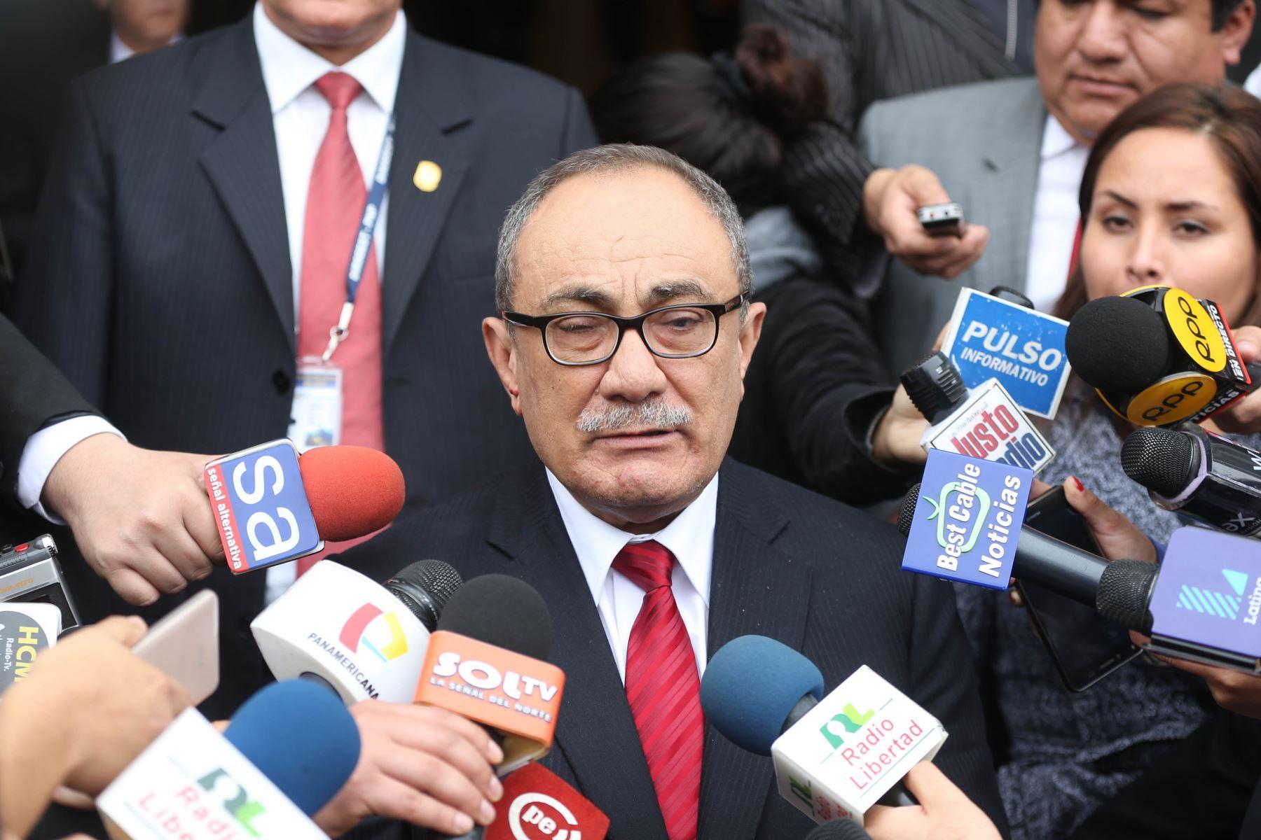 Ministro brindó declaraciones en Congreso de la República. Foto: Difusión